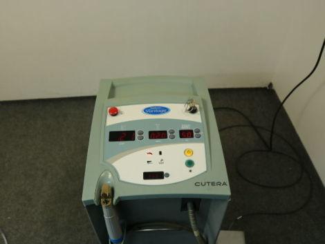 Caddell's laser - Cutera Vantage-1